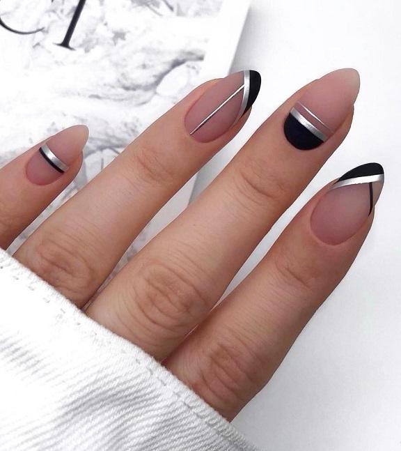 33+Gorgeous Geometric Nails Art Ideas